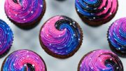 HOW TO MAKE GALAXY CUPCAKES – NERDY NUMMIES